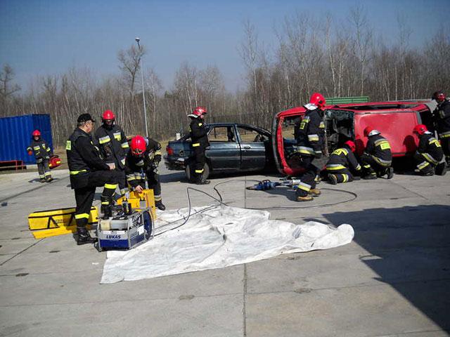 Вінницькі рятувальники повернулись із навчання з Польщі