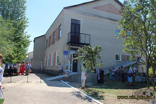 У Вінницькій області ФАП, який обслуговує більше тисячі людей, переселився в сучасне відремонтоване приміщення