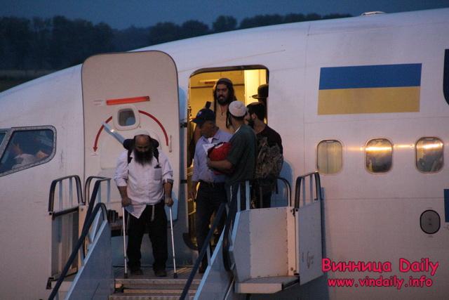 До вінницького аеропорту прилетів перший цього року рейс із хасидами. Всього очікують близько 3 тис. паломників