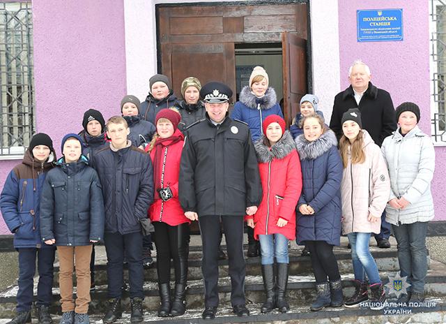 В смт. Турбові запрацювала поліцейська  станція, яка обслуговуватиме 20 населених пунктів