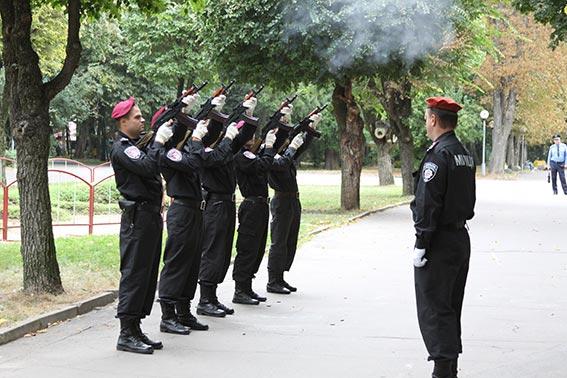 У Вінниці вшанували пам'ять загиблих правоохоронців