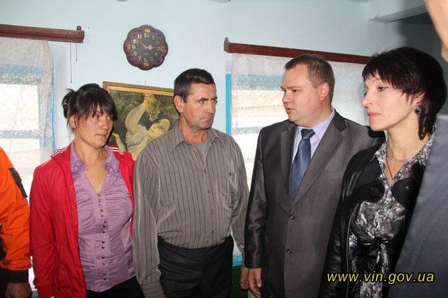 Батьківський будинок загиблого героя Віктора Саванчука підключили до газу