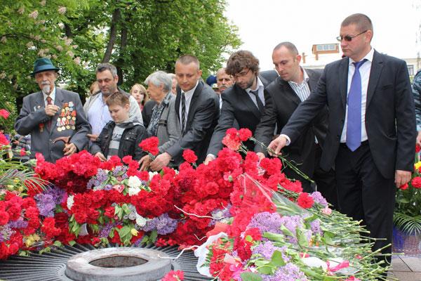 9 травня у Вінниці, як і по всій Україні, відсвяткували чергову річницю завершення Великої Вітчизняної війни.