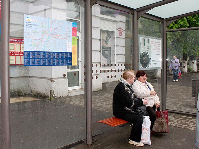 На вінницьких зупинках громадського транспорту з'явилася схема руху громадського транспорту