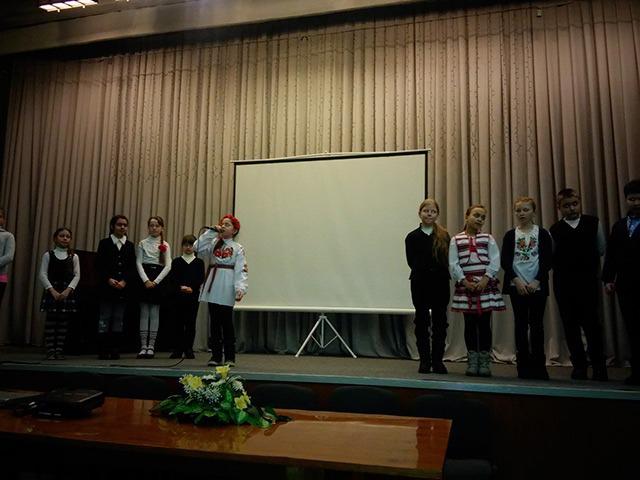 Учні 4-А класу  ЗОШ №15 (класний керівник Світлана Чопляк)