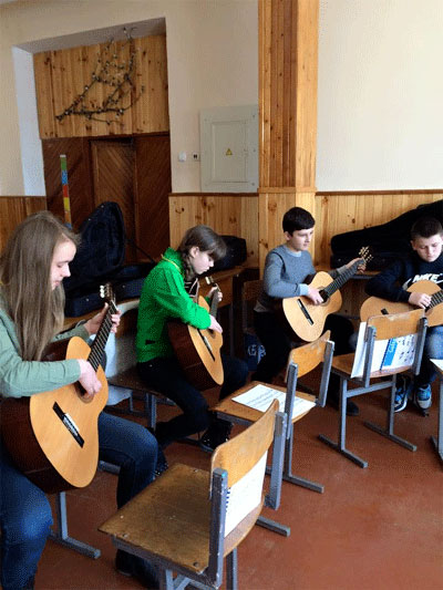 У Будинку Офіцерів 200 дітей одночасно заспівають на чотирьох мовах світу під супровід камерного оркестру