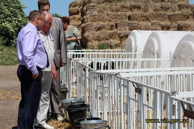 """Валерій Коровій відвідав сільгосптовариство """"Хлібороб"""", яке за минулий рік отримало майже 7 млн грн прибутку від продажу молока"""