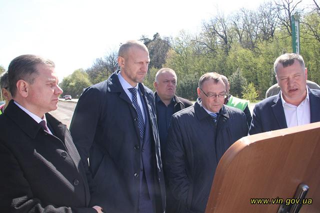 Біля Вінниці триває плановий ремонт траси міжнародного значення