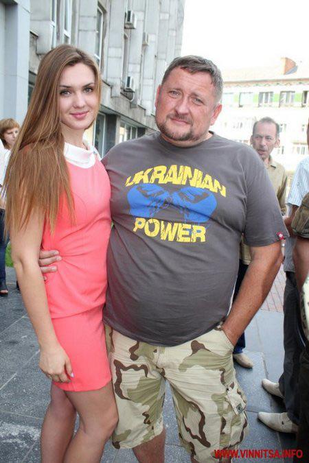 Юрій Тира разом з дружиною -  «Міс Вінниця 2008» Лілією Поліщу