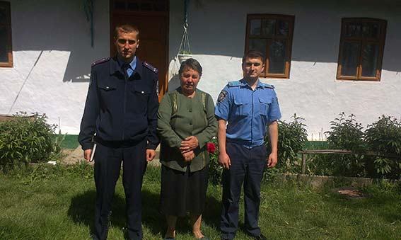 """У Мурованокуриловецькому районі за """"звільнення сина з міліції"""" шахрай вимагав у жінки 50 тис грн"""