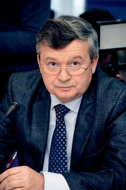 Інтерв'ю з ректором Донецького національного університету Романом Гринюком