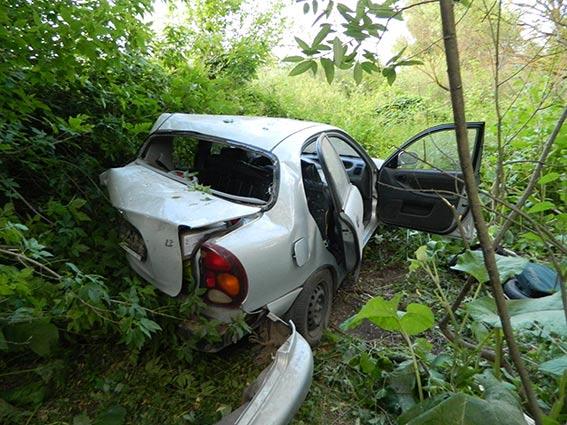 На Вінниччині внаслідок зіткнення двох автівок одна людина загинула ще троє у лікарні