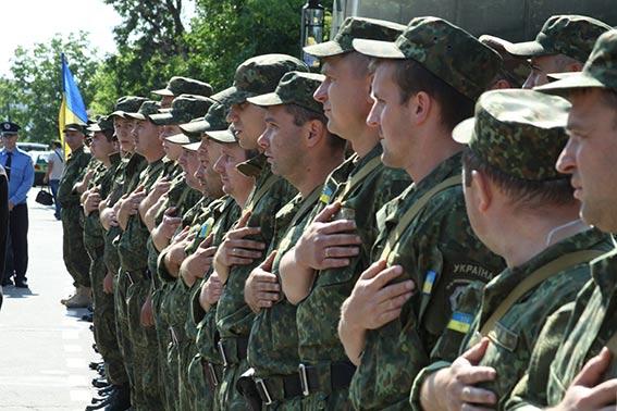 До Вінниці із зони АТО без втрат повернулись 80 вінницьких правоохоронців
