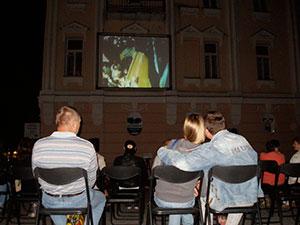 У центрі Вінниці під відкритим небом дивились найкраще українське кіно, фото-2