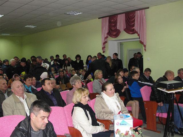 У Вінницькій області відкрили повністю реконструйований після пожежі сільський клуб