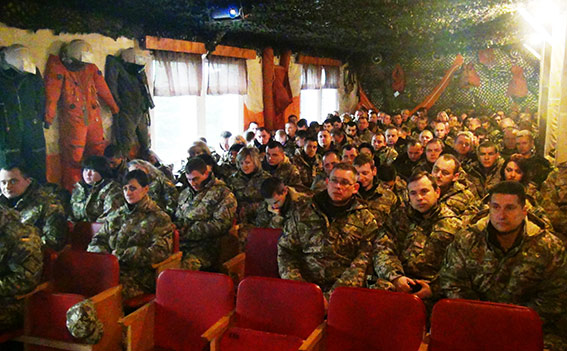 Вінницькі поліцейські нагадали військовим особливості експлуатації авто в зимовий період