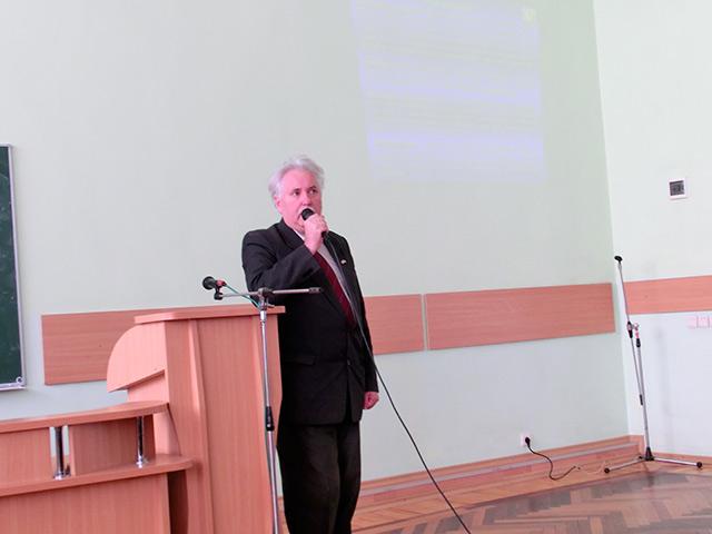 """У Вінниці відбувся третій форум волонтерів """"Громада для кожного"""""""