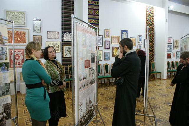 Вінничан запрошують відвідати виставку, приуроченої 150-річчю від дня народження Андрея Шептицького