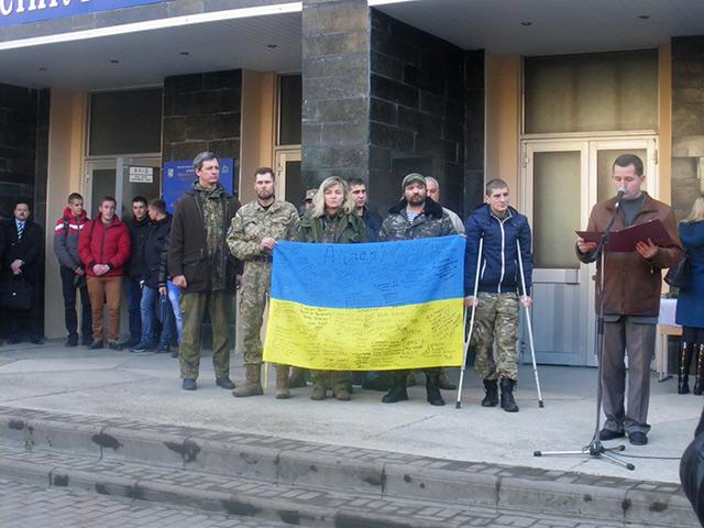 У ВНТУ відкрили меморіальну дошку студенту, який загинув захищаючи Україну