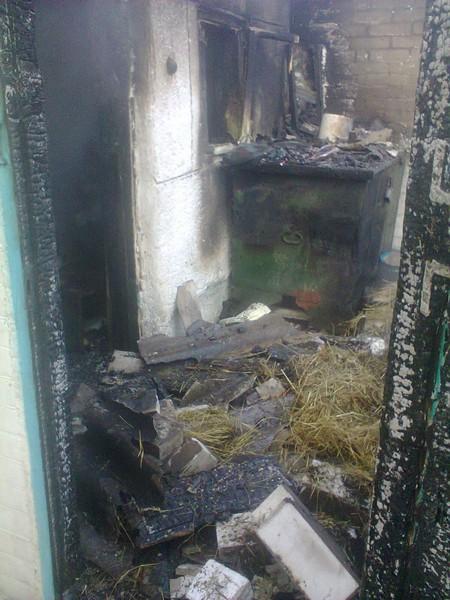 На Вінниччині під час пожежі в літній кухні загинула 98-річна господиня