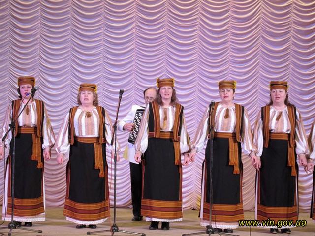 В Хмільнику під час благодійного концерту зібрали більше 10 тис.грн. на підтримку військових у зоні АТО