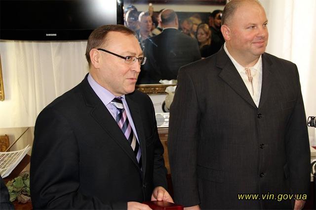 Вінницький митець Володимир Козюк встановив 9 рекордів України за один день
