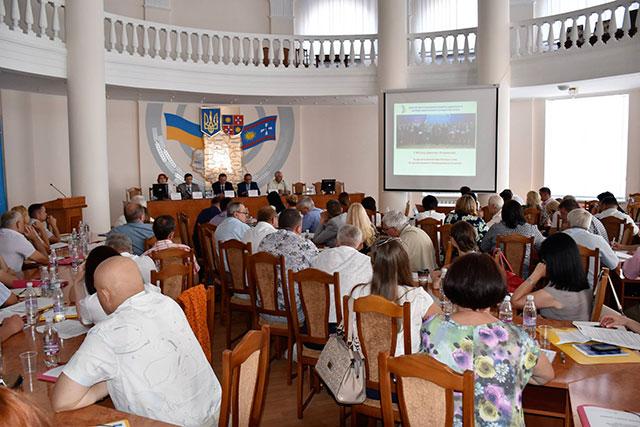 У Вінниці представники органів місцевого самоврядування з усієї країни ділились досвідом з енергоефективності