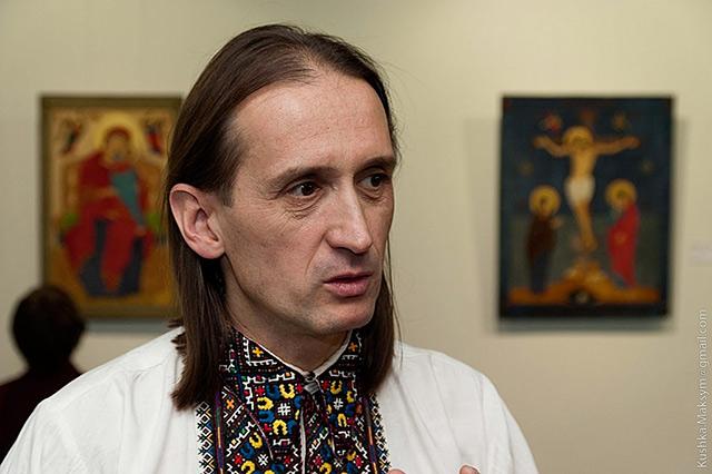 Артур Тиводар вже вп'яте покаже у АртШик свої картини зі шкіри та коштовного каміння
