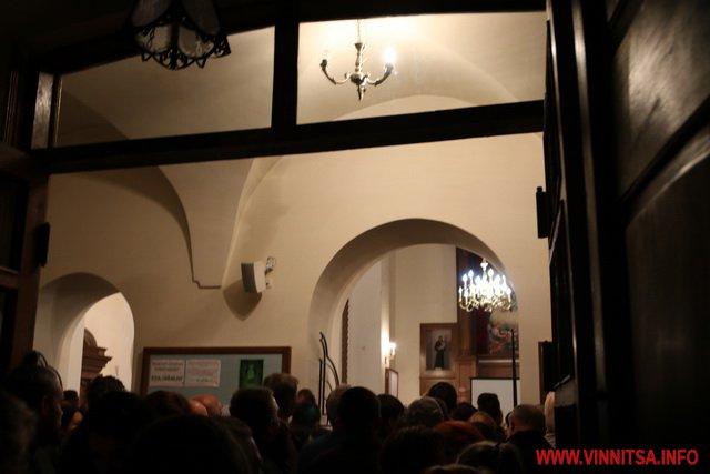 Вінничанам показали приміщення погребів, бомбосховища та пивоварні у підземеллі монастиря капуцинів
