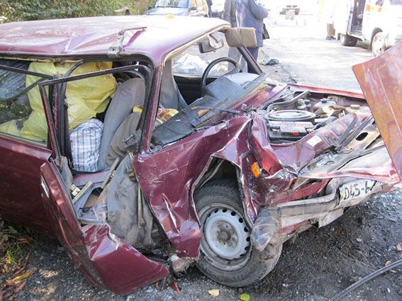 Жахлива аварія на Вінниччині: двоє загиблих, троє у реанімації