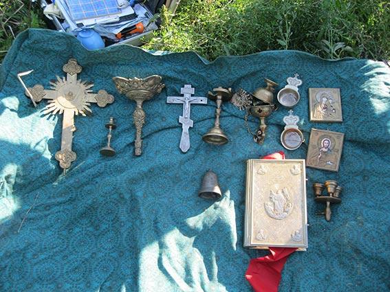 Двох злодіїв, які спеціалізувалися на крадіжках з храмів, затримали на Вінниччині
