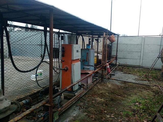 На Вінниччині працівники податкової міліції викрили підпільну паливну базу