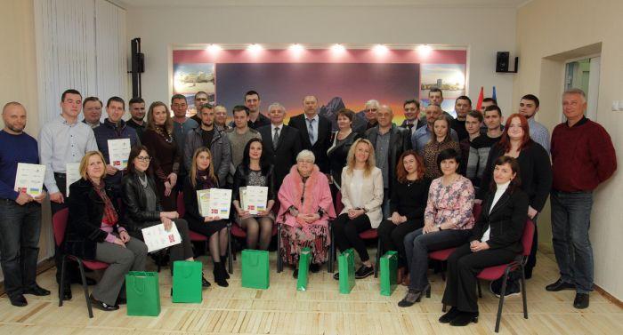 32 учасника АТО і колишні військовці отримали міжнародні дипломи з цивільного фаху
