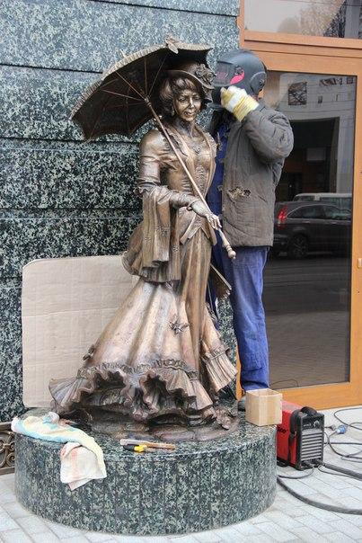 У Вінниці на Соборній з'явилась нова скульптура