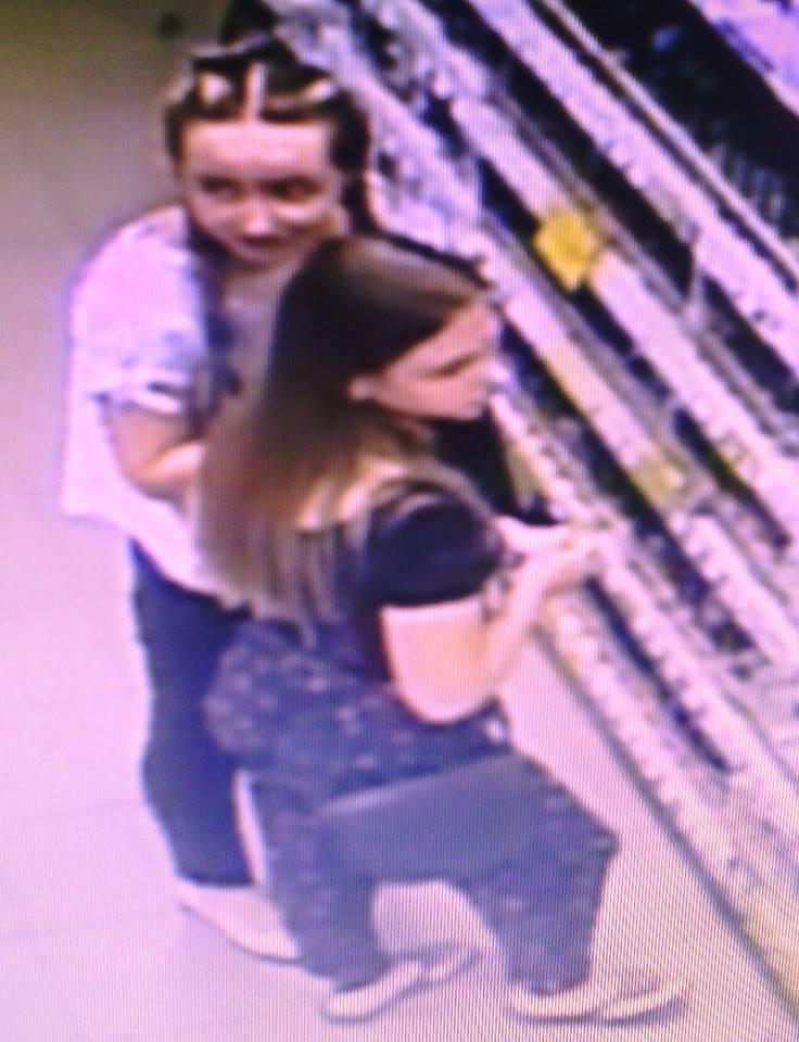 В одному з вінницьких магазинів двоє жінок вкрали косметику. Поліція шукає злодійок