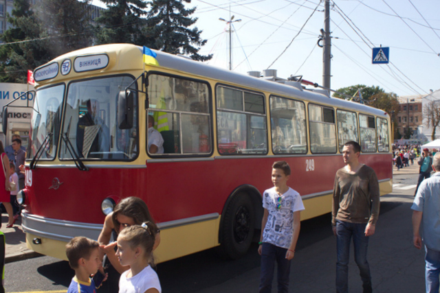 У Вінниці відновили раритетний тролейбус 60-тих років