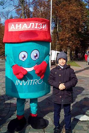Як стати мікробіологом на один день: INVITRO презентувала свою професію на «Місті Професій» у Вінниці