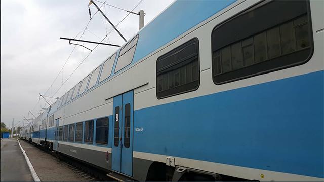 Помаршруту Тернопіль-Київ запустили двоповерховий поїзд Skoda