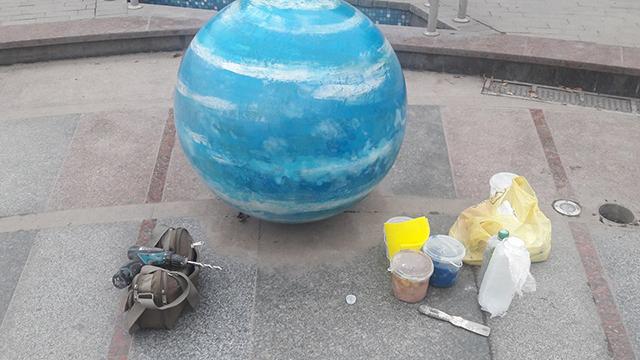 У Вінниці на проспекті Космонавтів продірявили «планету» Юпітер