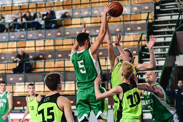 """Команда """"Вінницькі Зубри"""" вдало стартувала на чемпіонаті України з баскетболу Першої ліги"""