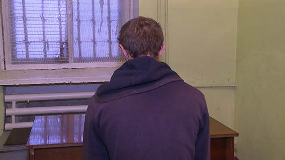 В Хмільнику затримали молодика, який грабував жінок