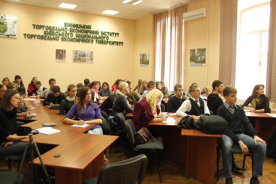 На Вінниччині відновили проведення Обласного студентського дебатного турніру, підтримавши ініціативу молодіжного активу області