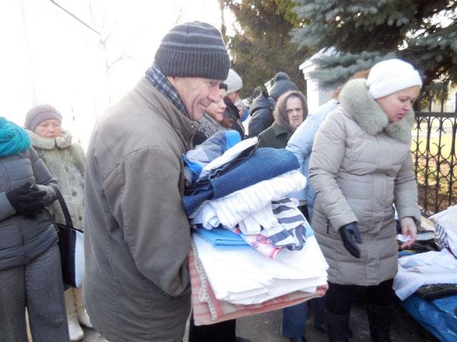 Українці, які проживають в Німеччині, передали гуманітарну допомогу переселенцям зі Сходу