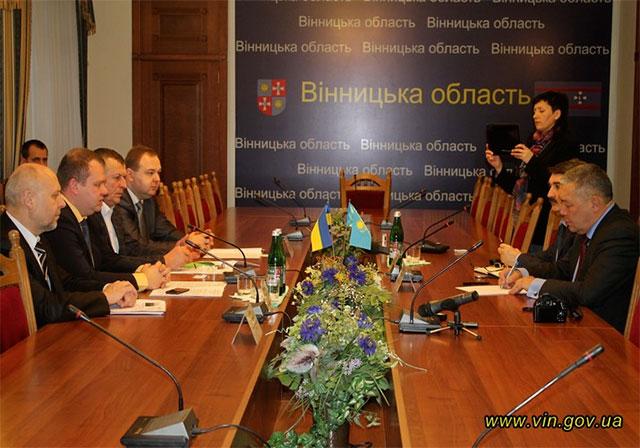 У Вінниці з робочою поїздкою перебуває радник Міністра інвестицій і розвитку Республіки Казахстан Бактибай Касимбеков