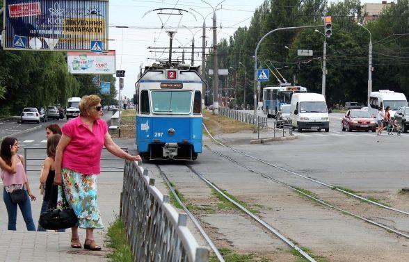 На час реконструкції трамвайних колій по вул. Келецькій не ходитимуть трамваї табуде змінено рух транспорту