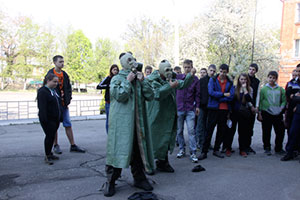 У Вінниці для учнів 22-ї школи рятувальники провели День цивільного захисту