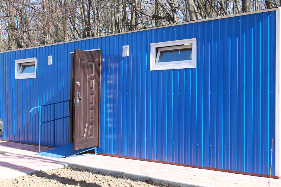 модульний туалет у парку Дружби народів