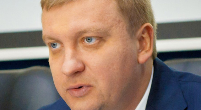 Міністр юстиції Павло Петренко розповів про ID-картки замість паспортів та куди подінуться штампи про одруження