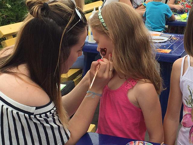 В Парку Дружби народів для дітей влаштували розваги та конкурси