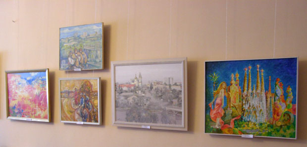 """виставка творчих робіт """"Митець і місто"""""""